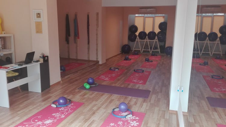Pilates studio - Tsvety