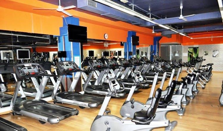 Island Fitness Center