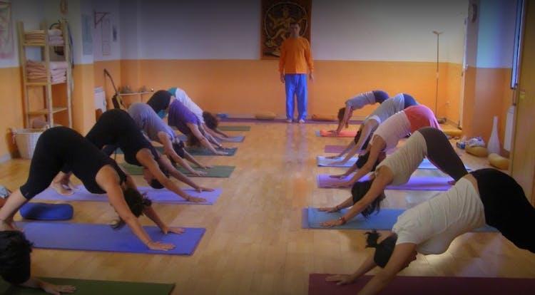 Yoga Retiro - Clases Online