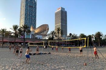 Piratas Beach Volley Passeig Marítim, 36