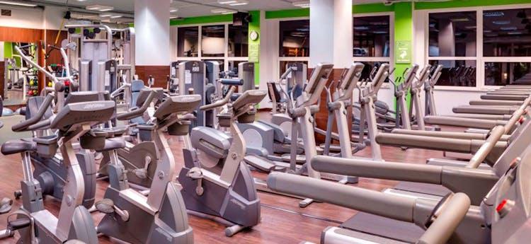 GreenUp Fitness Club by De Silva