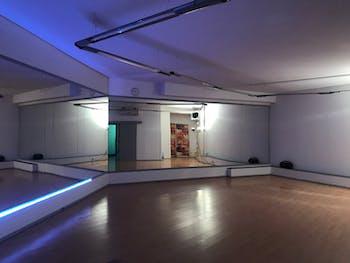 Studio Salsa Fever