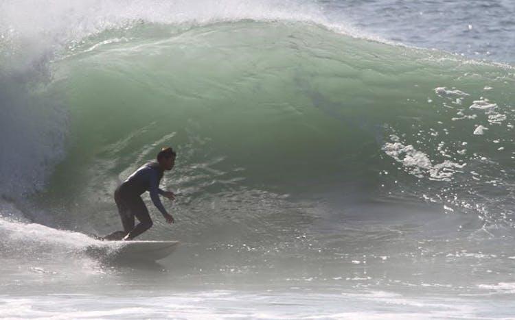Salty Souls Surf School - Cascais