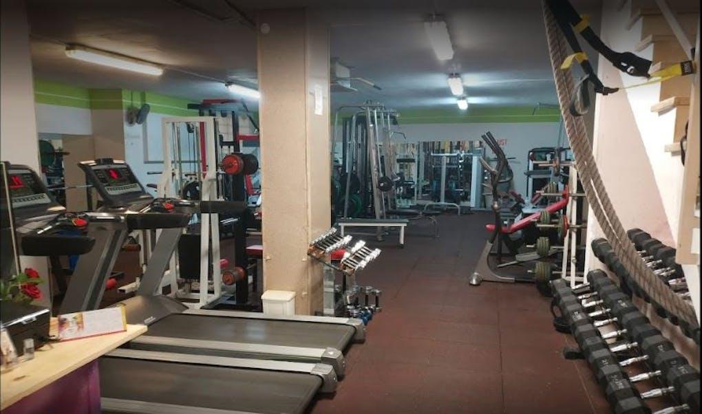 CAF Gym Centro de Acondicionamiento Físico