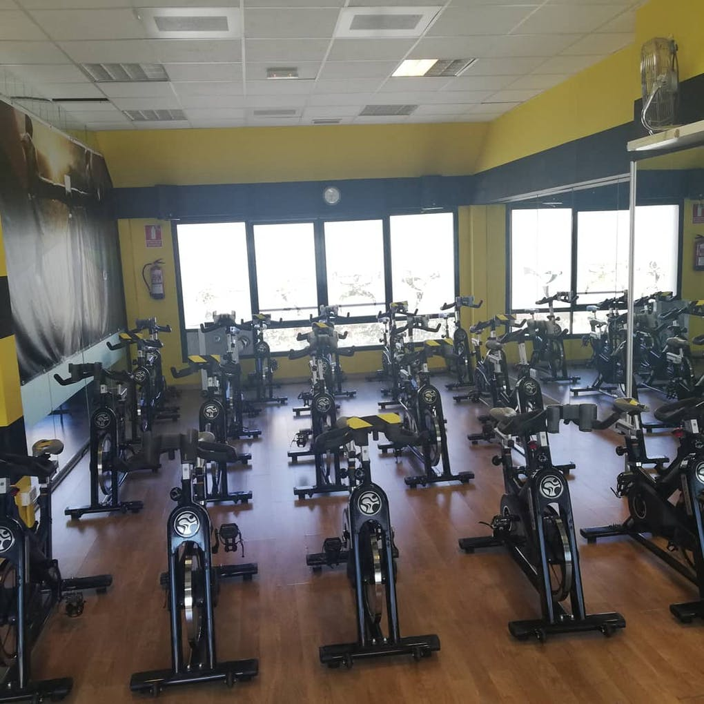 Iron world Gym