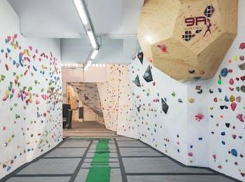 9a Poblenou Climbing Center