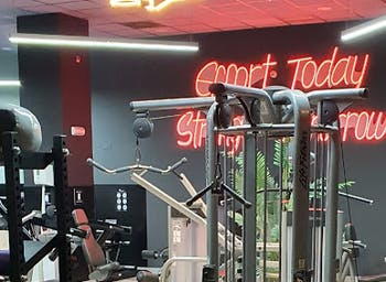 Featness Gym