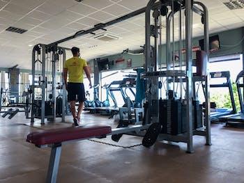Gym Light Fitness Cubas